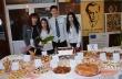 """Кулинарна изложба подредиха за празника на училището учениците от ПГХТ """"Проф. д-р Асен Златаров"""""""